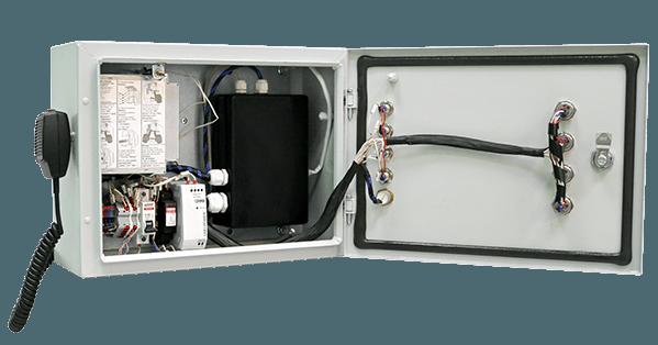 Блок мониторинга и управления для сбора и передачи на пункт управления информации с систем мониторинга потенциально опасных объектов